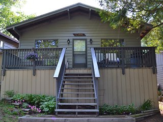 Cedar Cottage - Great Spirit Lodge & Adventures Island Cottage Rental