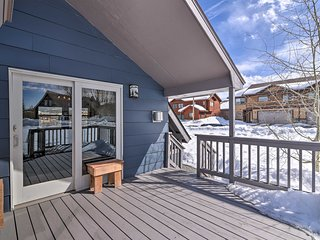 Fraser Home w/Private Deck - Views of Byer's Peak!