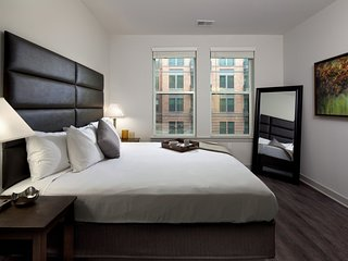 Whimsical Stay Alfred Loft on South Charles Street
