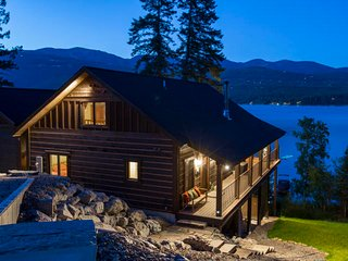 Very Rare, Whitefish lake vacation rental!!!! Incredible frontage and Big Mounta