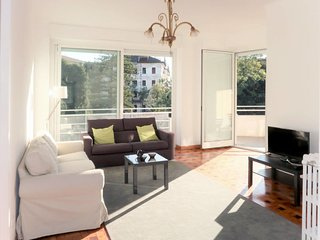 3 bedroom Apartment with Air Con, WiFi and Walk to Beach & Shops - 5781275