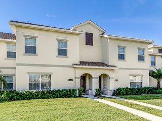 5 Star Private Townhome, Storey Lake Resort, Orlando Townhome 2725
