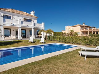 Beautiful home in Casares w/ Outdoor swimming pool, Outdoor swimming pool and 4