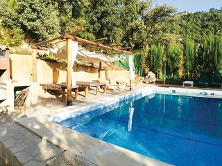 Awesome home in Burunchel w/ Outdoor swimming pool, Outdoor swimming pool and 3