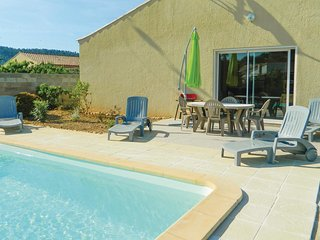 Nice home in Argeliers w/ Outdoor swimming pool, Outdoor swimming pool and 3 Bed