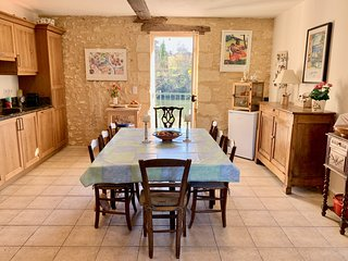 Maison Ballard - Restored, old Villa with private walled pool & Dordogne vistas