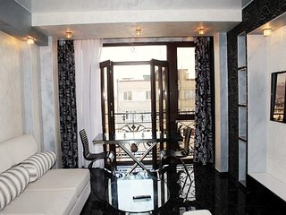 Luxury apartment near Republic Square
