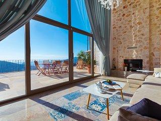 Kalkan Villa Sleeps 10 with Pool Air Con and WiFi - 5781699