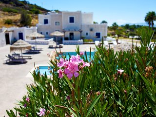Paradise Apartment at Mylopotas Beach, Ios, Greece