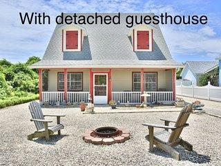 Beach home w/ detached guest cottage