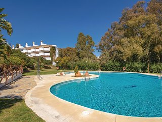 Nice apartment in Mijas w/ Outdoor swimming pool, WiFi and Outdoor swimming pool