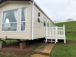 3 Bed 8 Berth Caravan With Decking, Devon Cliffs, Sandy Bay, Exmouth