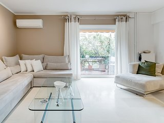 Unique Beach Apartment at Athenian Riviera
