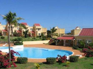 Duplex 'Résidence Beau Soleil' à Albion avec piscine + tennis