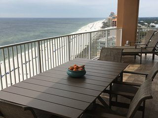 Brand new condo in the new Phoenix Orange Beach building!