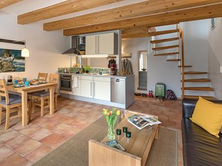 Awesome home in Bad Doberan/Heiligend. w/ WiFi and 2 Bedrooms