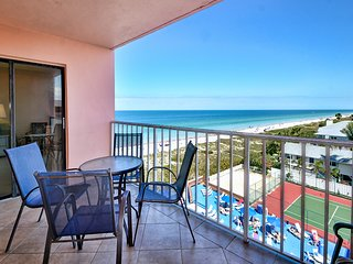Reef Club 502 Beachfront 3 Bedroom 2 Bath at Reef Club