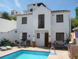 Casa Sol - charming village house with pool and view - Granada, Andalucia