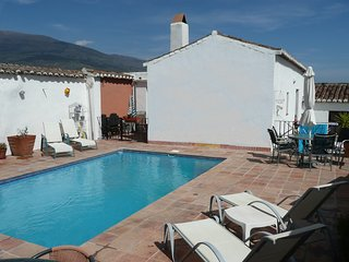 Casa Mundo – 16th century village house with pool- Granada, Andalucia