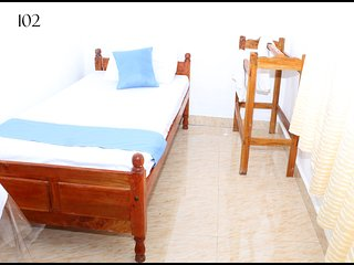 Delicate Room in Jaffna for 1 pax