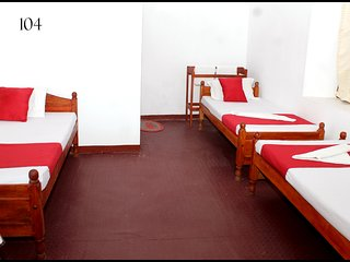Opulent room in Jaffna for 4 pax