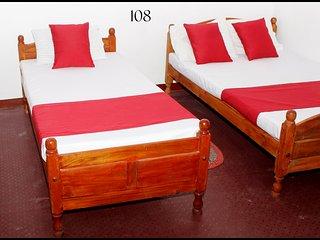 Comfort room in Jaffna for 2 pax