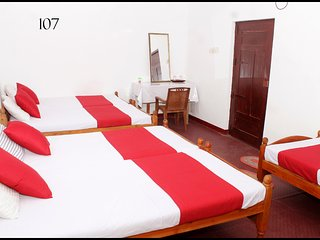 Premium room in Jaffna for 5 pax