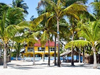 Stunning Beachfront Lodge