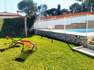 Villa Cavallera, high standing, 6 bedrooms, pool, barbecue, for 10-12p