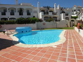 Verano Azul Nerja 2 bedroom apartment in Nerja town close to Burriana beach