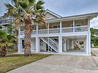 NEW! Murrells Inlet Home - 1/2 Block to the Beach!