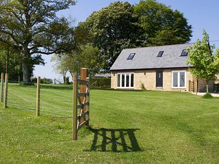 Kelpers Barn at Whistley Farm Holiday Accommodation and Fishing Lakes
