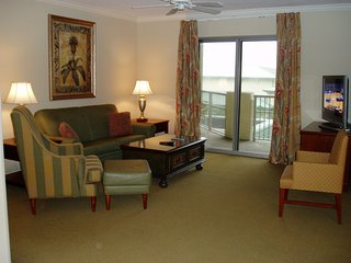 Royale Palms-LUXURY 3 or 2 BR & 3 or 2 BA-Lockout 3rd BR & BA are for EXTRA FEE