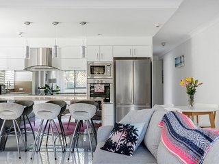 Stunning Garden Apartment on Burleigh Beach. GC's best address!