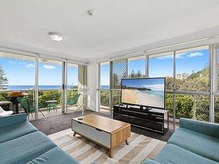 Burleigh Beach Tower - On The Beach! The Gold Coasts BEST location!