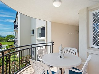 Caribbean 8 - Bilinga/ North Kirra Beachfront