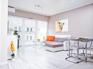 Apartament Homely Place Tokyo Poznań Centrum