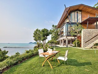 The View Samui, 5 Bedroom Cliffside Villa