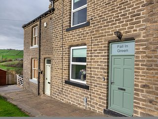 Fall In Green Cottage, Haworth