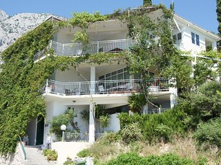 Two bedroom apartment Zivogosce - Porat (Makarska) (A-16763-a)