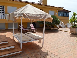 VILLA PRIMAVERA+HEATABLE POOL+ FREE WIFI+BBQ