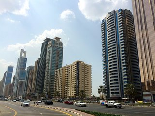 Spacious 1BR on SZR, Plenty of Natural Light