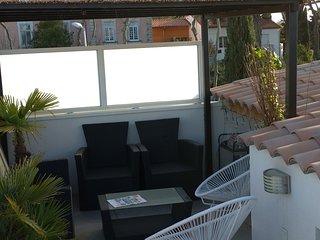 T3 neuf avec toit terrasse dans le centre ville