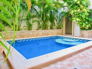 Arcoiris - Affordable condo a few steps from 5th avenue