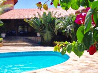 Mahalo Tropical Pousada e Lounge