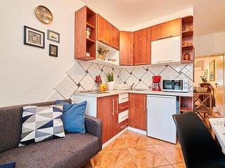 Appartamento NOA3 Umag-Savudrija per coppie, Wifi, vicino al mare, terrazzo, BBQ