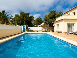3 bedroom Villa with Pool, Air Con and WiFi - 5751289