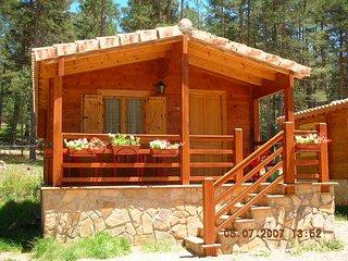 Camping Orea, situado en el Parque Natural del Alto Tajo, a 1550m de altitud.