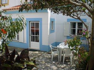 Apartamento de 1 dormitorio con grande patio muy cerca de la playa