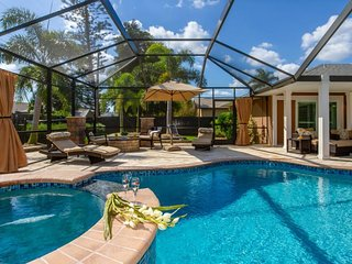 *NEW LISTING* The Palms - Modern Pool with Area LED Lighting